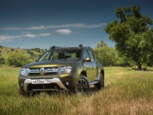 renault-duster-1-5-dci-mt-4x4-luxe-privilege-fotografiya