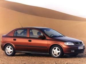 Opel_Astra_Astra 2.2i-16V_Hatchback 5 door